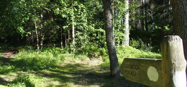 Luontopolku Reksaaressa, opastekyltti