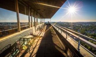 Aurinkoinen näkymä Rauman vesitornista